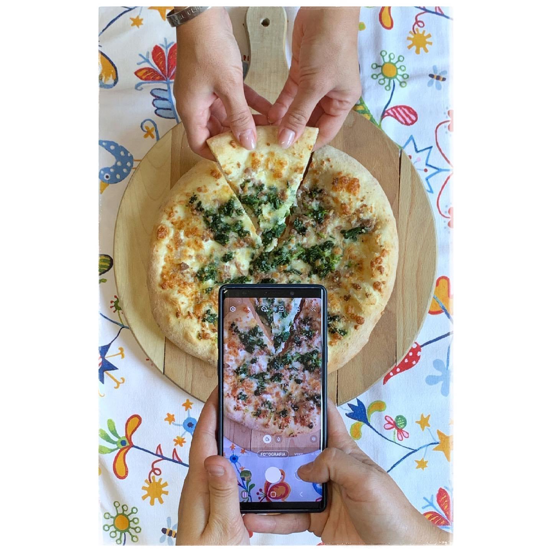 svila pizza verace del golfo con friarielli